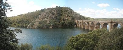 río Esla y Puente Quintos