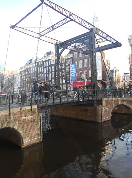 Draw Bridge - Ámsterdam